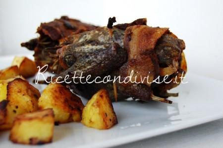 Ricetta Quaglie in crosta di pancetta al forno con patate di Giovanna