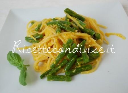 Spaghetti-alla-carbonara-di-fagiolini-boby-450x327