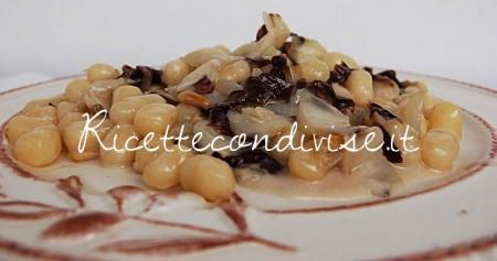 Chicche-di-patata-con-radicchio-trevigiano-pinoli-e-gorgonzola-di-Dany-Ideericette-450x237