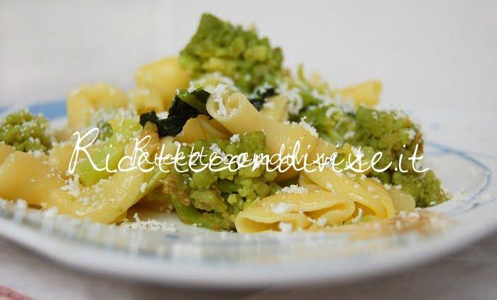Primo piano Torcoletti con cavolo broccolo romano, pistilli di zafferano e ricotta salata di Dany - Ideericette