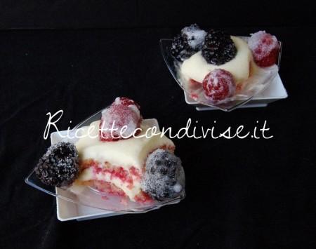 Tiramisù-allamarena-con-frutti-di-bosco-di-Dany-Ideericette-450x355