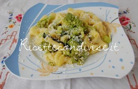 Torcoletti-con-cavolo-broccolo-romano-zafferano-e-ricotta-salata-di-Dany-Ideericette-450x290