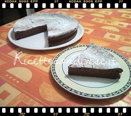 Ricetta Torta di ricotta e cioccolato di Teresa Mastandrea