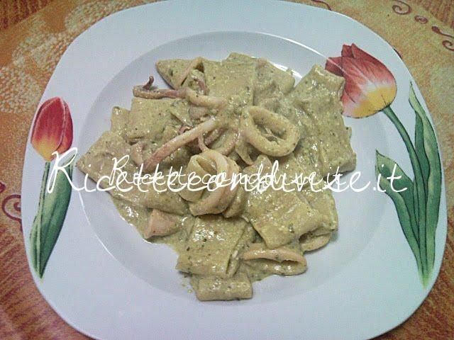 Paccheri con calamari e pesto di zucchine e basilico di Teresa Mastandrea