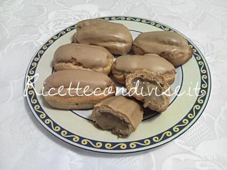 Particolare-bigne-al-caffe-di-Teresa-Mastandrea-450x337