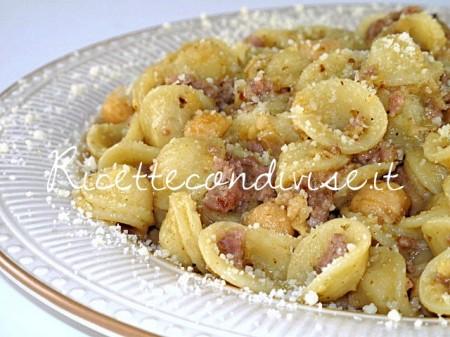 Ricetta Orecchiette con ceci e salsiccia di Manlio Midori