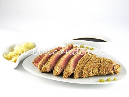 Filetto-di-tonno-ai-semi-di-sesamo-di-Manlio-Midori-450x337