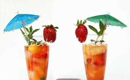 Particolare-Macedonia-mangia-e-bevi-con-frutta-tropicale-di-Dany-Ideericette-450x277