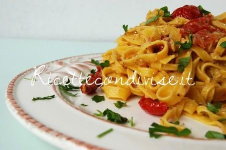 Ricetta Tagliatelle con ciliegini semisecchi e salsa di funghi porcini e zafferano di Dany – Ideericette