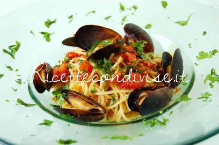 Ricetta Spaghetti cozze e pomodorini di Giovanna