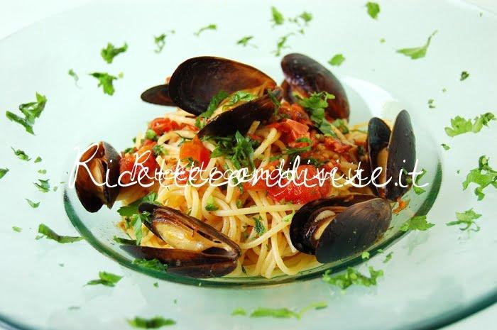 Particolare spaghetti cozze e pomodorini di Giovanna