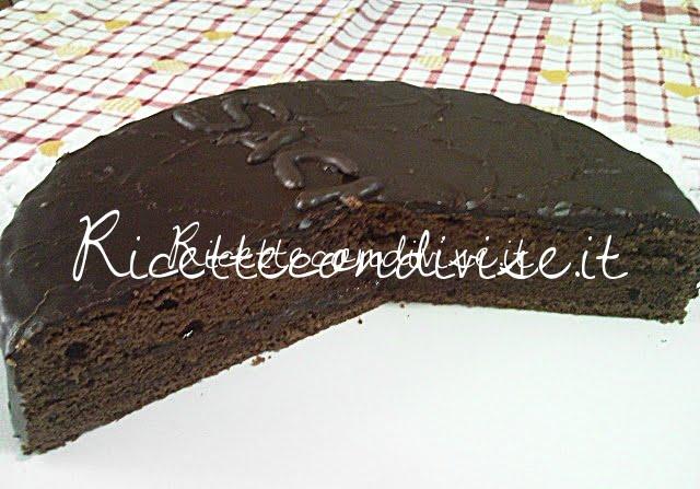 Particolare torta Sacher di Teresa Mastandrea