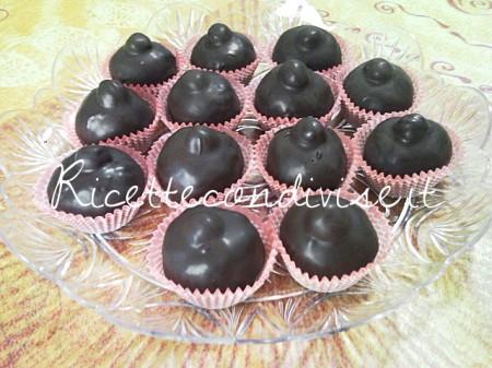 Ricetta cioccolatini Baci di Teresa Mastandrea