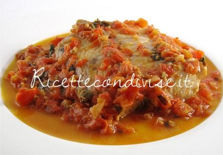 Filetto-di-pesce-persico-con-pomodorini-e-basilico-di-Manilo-Midori-450x312