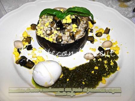 Ricetta Insalata di orzo con melanzane e pesto di pistacchi di Claudio Rega