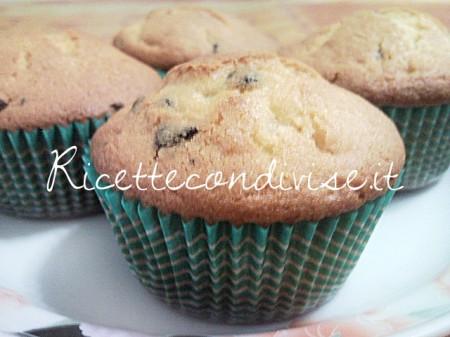 Ricetta Muffin soffici con gocce di cioccolato di Teresa Mastandrea