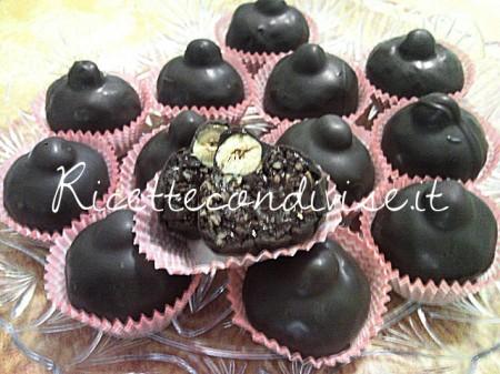 Particolare-cioccolatini-baci-di-Teresa-Mastandrea-450x337