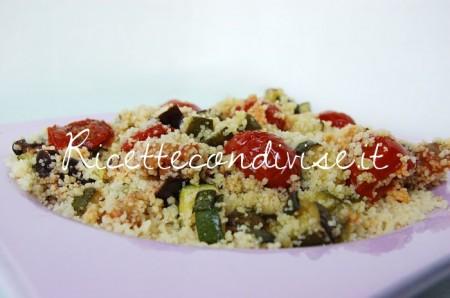 Particolare-cous-cous-melanzane-zucchine-e-ciliegini-semisecchi-di-Dany-Ideericette-450x298