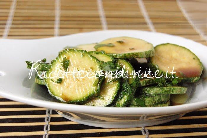 Zucchine crude marinate con aceto balsamico di Dany - Ideericette
