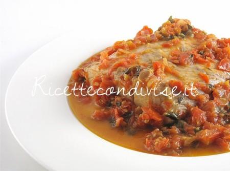 Ricetta Filetto di pesce persico con pomodorini e basilico di Manlio Midori