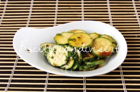 Zucchine-crude-marinate-con-aceto-balsamico-di-Dany-Ideericette-450x297