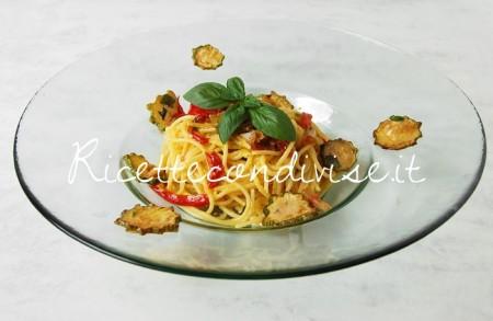 Spaghetti-alla-carbonara-di-zucchine-e-peperoni-di-Giovanna-450x293