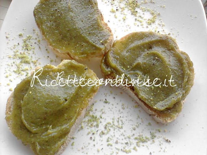 Primo piano nutella al pistacchio di Roberta Vivenzi