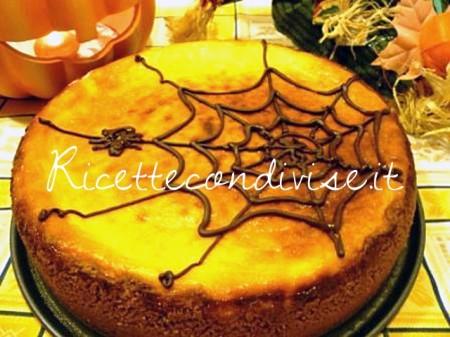 Cheesecake-di-Halloween-alla-zucca-con-ragnetto-di-Susi-450x337