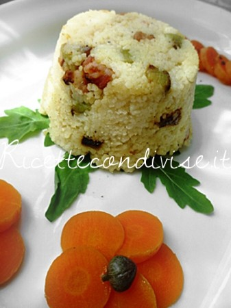 Ricetta Mono-porzioni di cous cous con pancetta e melanzane a cubetti di Susi