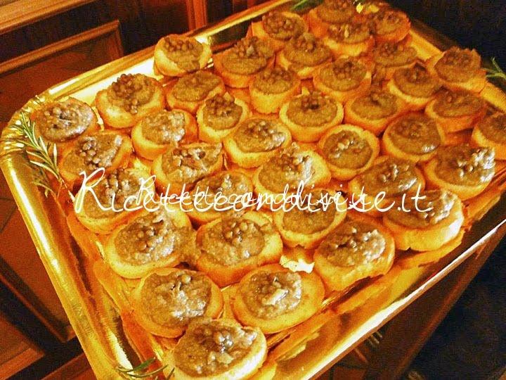 Crostini rustici con crema di lenticchie aromatizzati al rosmarino di Susi