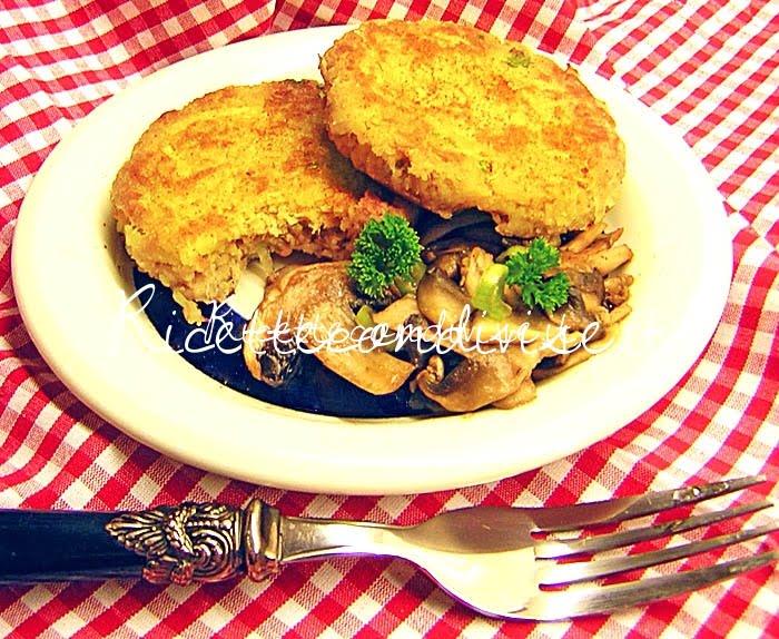 Hamburger di tonno di Marco di una cucina per Chiama