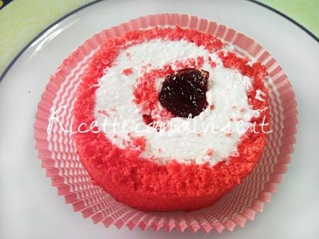 Particolare-Rotolo-Red-Velvet-di-Teresa-Mastandrea-450x337