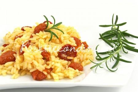 Particolare-riso-con-pomodorini-confit-e-olio-aromatizzato-450x300