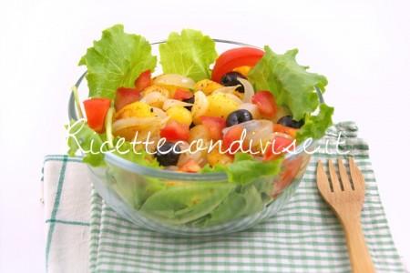 Lattughino-e-pomodoro-con-patate-olive-e-cipolla-di-Manlio-Midori-450x300