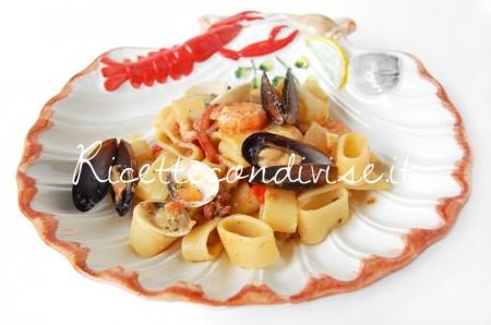 Calamarata-ai-frutti-di-mare-di-Giovanna-450x298