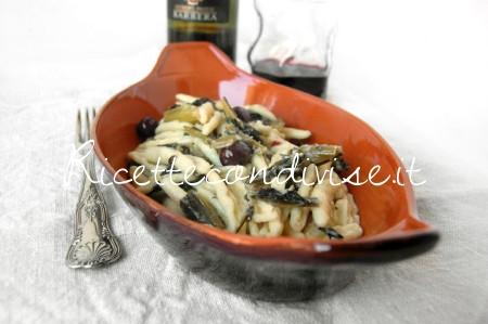 Cavatelli pugliesi con cicoria, olive e pane & pasta di carciofi siciliani Agromonte