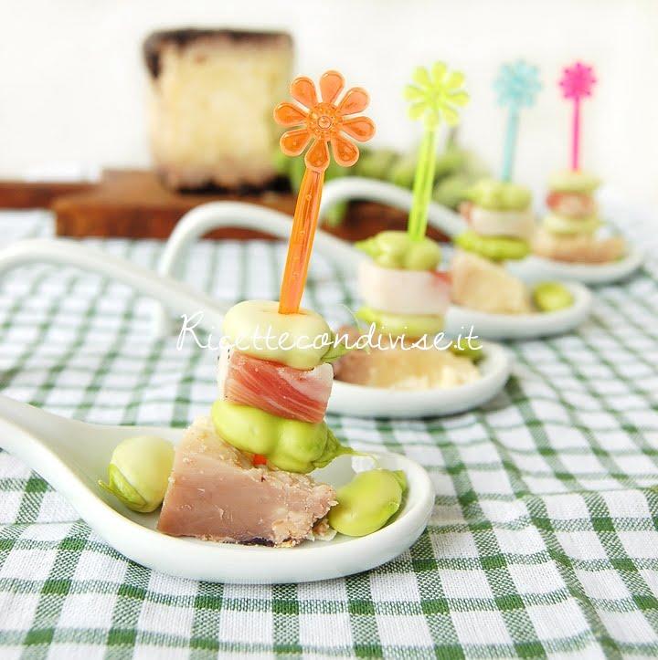 Particolare Finger food di fave, pancetta e formaggio Occelli al barolo di Dany - Ideericette