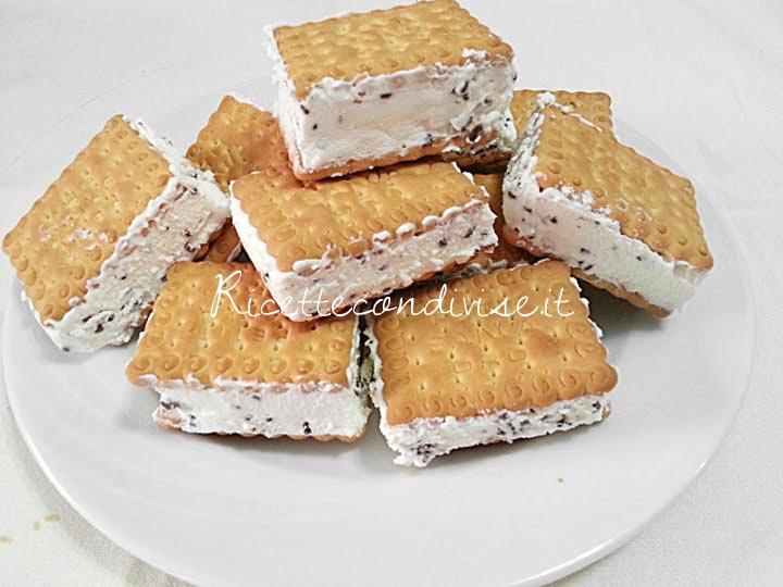 ricetta biscotto gelato alla stracciatella di teresa mastandrea