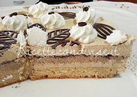 Ricetta torta gelato al caff di teresa mastandrea for Ricette di torte gelato