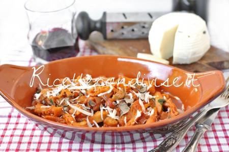 Primo-piano-trippa-ai-funghi-porcini-e-formaggio-al-tartufo-di-Acqualagna-di-Dany-Ideericette-450x300