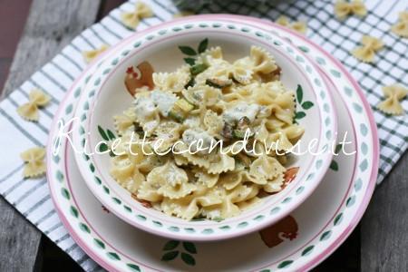 Particolare Farfalle con zucchine e verzin di vacca di Dany - Ideericette