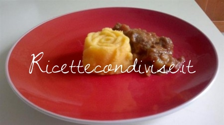 Goulash-Ungherese-450x251