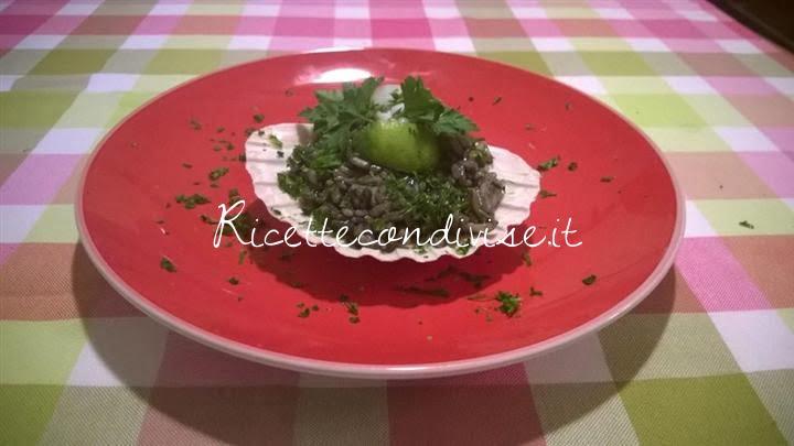 ricetta risotto al nero di seppia con filettini di seppia aromatizzato al prezzemolo e lime di michele mitch brandi