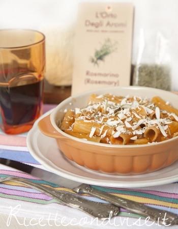 Boccolotti con patate e ricotta salata al rosmarino di Dany Ideericette