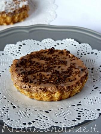 cheese cake con ganache al cioccolato fondente