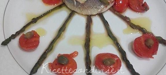 Filetto di spigola al forno con ripieno di asparagi selvatici e pomodorini di Franco Graziano
