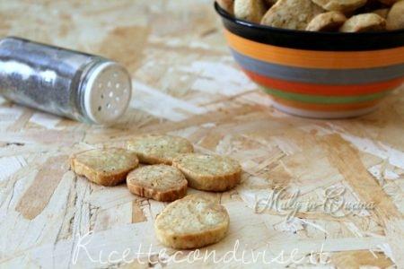 Biscotti salati cacio e pepe