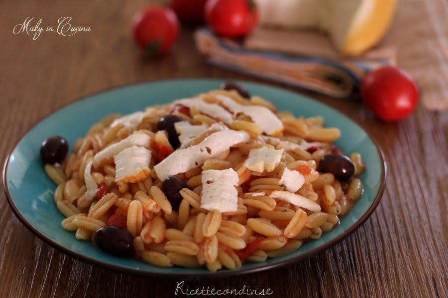 Ricetta Gnocchi Con Ricotta Salata.Gnocchetti Con Pomodorini Olive E Ricotta Salata