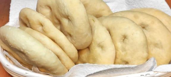 Focaccine-morbide-con-fiocchi-di-patate